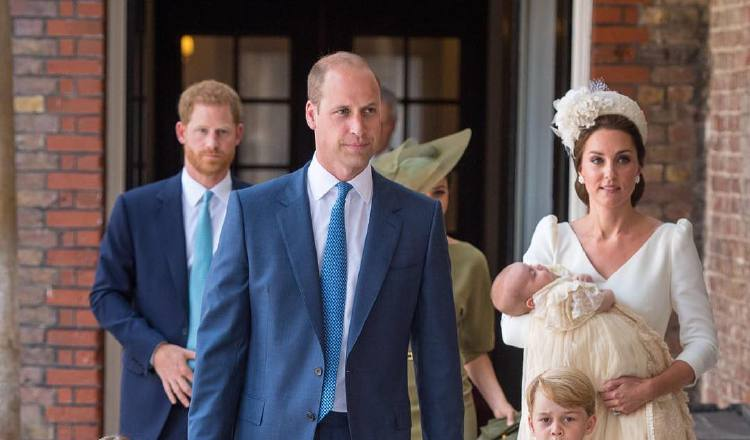 Celebran bautizo del príncipe Louis