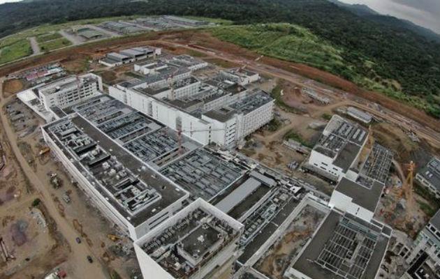 Sáez Llorens: Ciudad Hospitalaria solo tiene 7% de avance en cuatro años