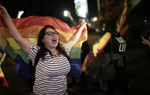 Dan 18 meses al Congreso de Costa Rica para aprobar la unión homosexual
