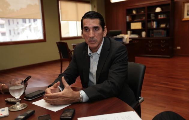Rómulo Roux pide a Juan Carlos Varela terminar la ciudad hospitalaria