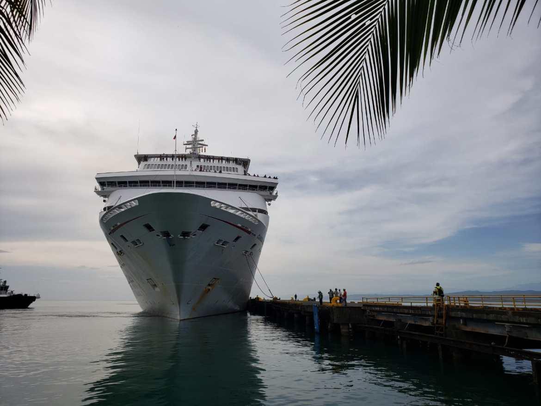 Atraca tercer crucero en Puerto Limón