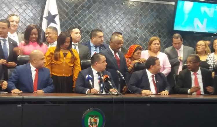 Diputados deciden irse con paquete de reformas enviadas por la Concertación