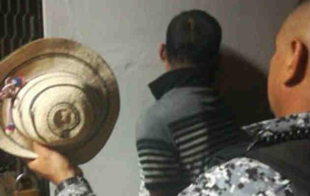 Adulto mayor no permitió que le hurtaran su Sombrero Pinta'o en Santiago
