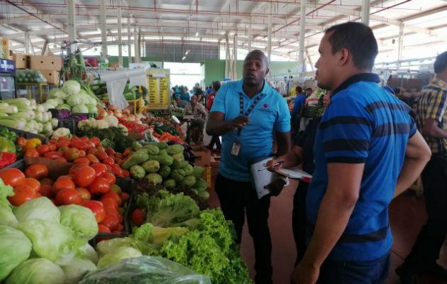 Acodeco detecta en Merca Panamá a comerciantes que tenían los productos sin precio a la vista