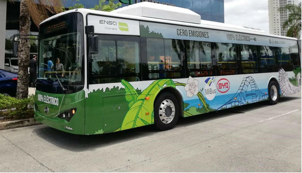 Un bus eléctrico tipo K9, de 12 metros de largo. Foto/Archivos