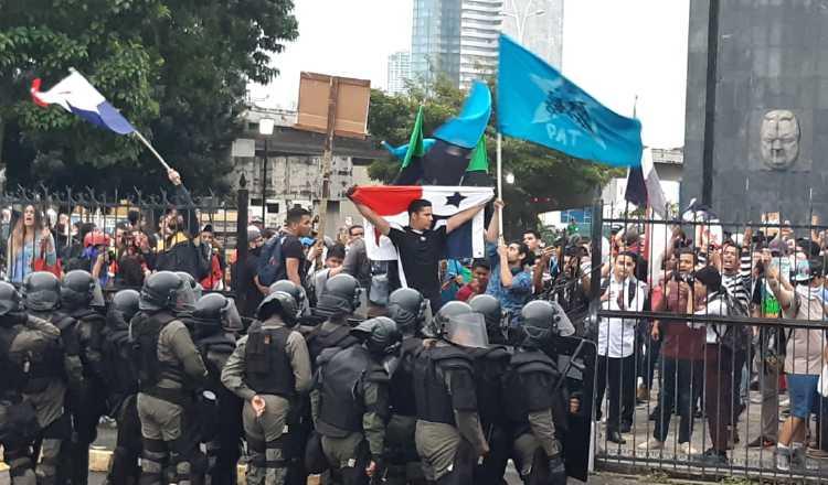 Recrudecen enfrentamientos en la Asamblea Nacional en rechazo a reformas constitucionales