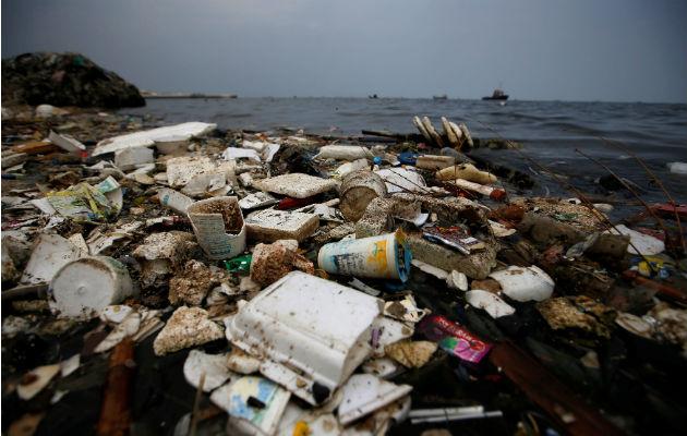 No todo el plástico de los océanos es eterno
