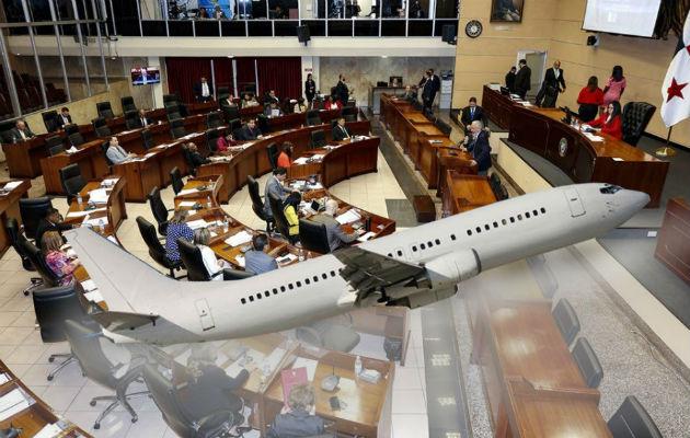 Diputados viajan al exterior antes de la discusión de las reformas constitucionales