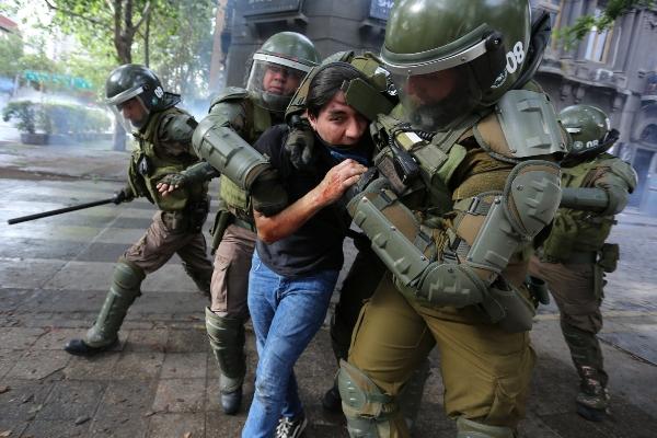 Chilenos se vuelven a tomar la Plaza Italia