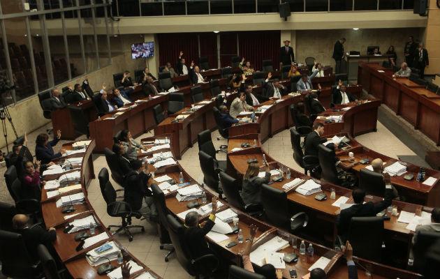 José Blandón cataloga de tibia e insuficiente propuesta de Concertación para las reformas constitucionales