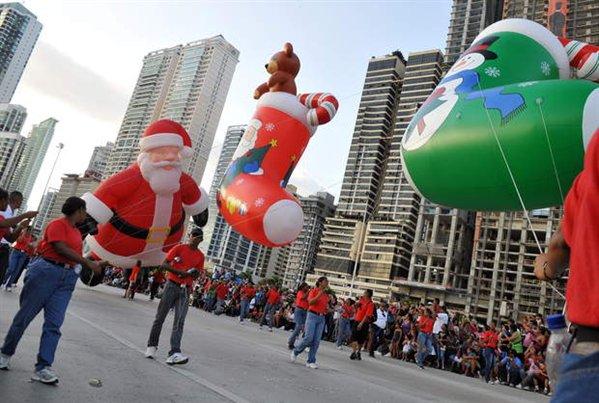 Desfile de Navidad de la capital se realizará el domingo 15 de diciembre