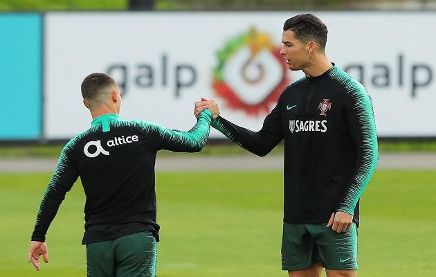Cristiano Ronaldo entrena con normalidad y deja claro que no está lesionado