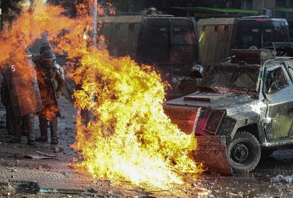Última jornada de protestas en Chile dejó 849 detenidos y 46 civiles heridos