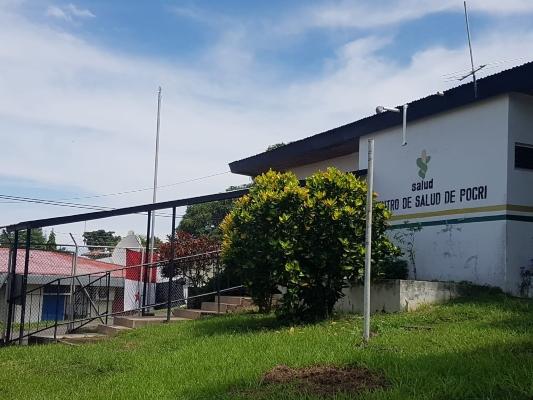 Centro de Salud de Pocrí tiene tres años cerrado por estar infestado de guano de murciélago - Panamá América