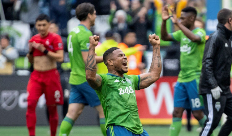 Román Torres pone su futuro en manos del Seattle Sounders