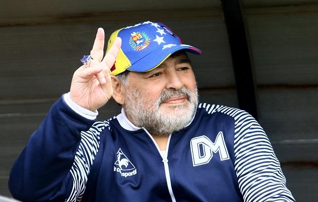 Diego Maradona dejará sin herencia a sus hijas; dice que donará todo