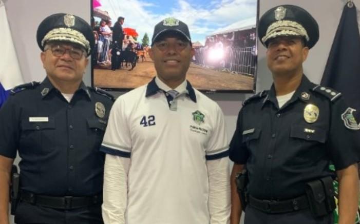 Mariano Rivera estuvo inscrito en las Fuerzas de Defensa de Panamá, porque su sueño era ser policía