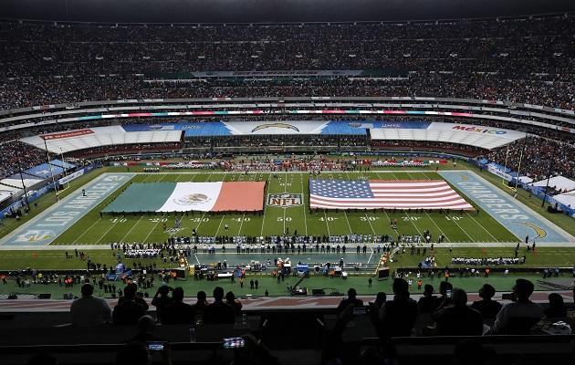 ¡Se las devuelven! Mexicanos lloran luego de que periodista insultara el Azteca