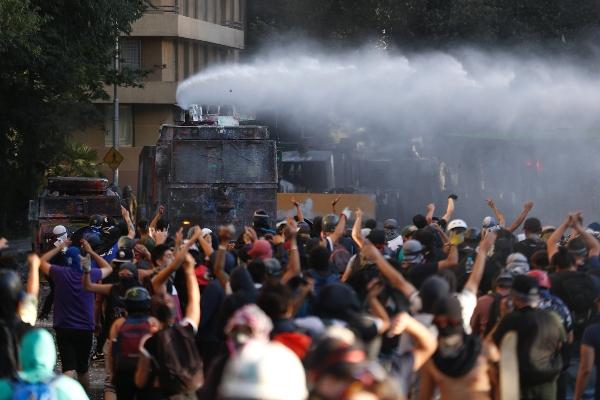 El gobierno chileno rechaza informe de Amnistía Internacional sobre represión