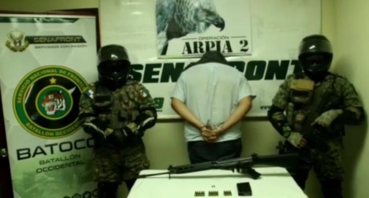 Atrapan a ciudadano costarricense con un fusil de fabricación belga