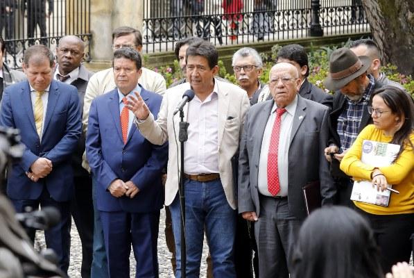 Iván Duque plantea devolver el IVA a los más pobres en medio de una gran tensión en Colombia
