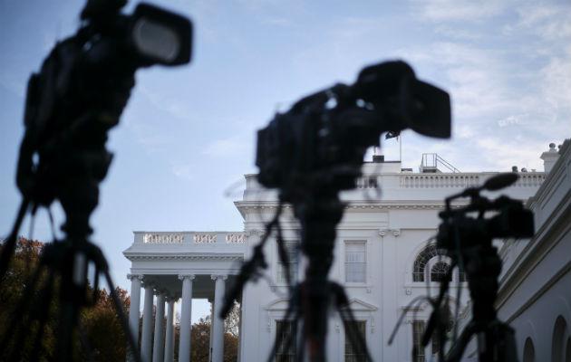 Estados Unidos está perdido en un mar de noticias reales y engañosas