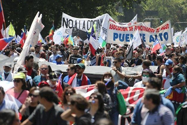 Convocan una marcha a la casa de Piñera en su cumpleaños y tras 45 días de protestas