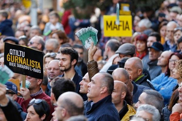 Exigen la renuncia inmediata del primer ministro de Malta por la muerte de una periodista