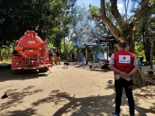 Un niño de año y ocho meses muere calcinado al incendiarse su vivienda en Barú