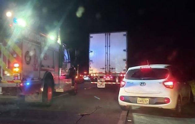 Muere joven en accidente de tránsito en la autopista Panamá-Colón