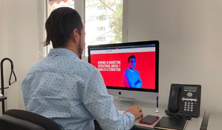 La educación virtual es una opción que están tomando muchos panameños. Cortesía