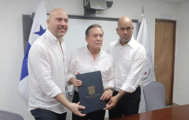 Laurentino Cortizo sanciona ley que crea el Sistema Nacional de Emergencias 911
