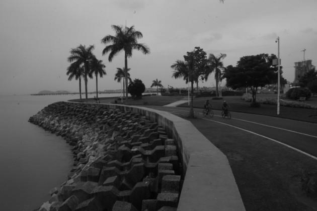 La polémica playa de la bahía
