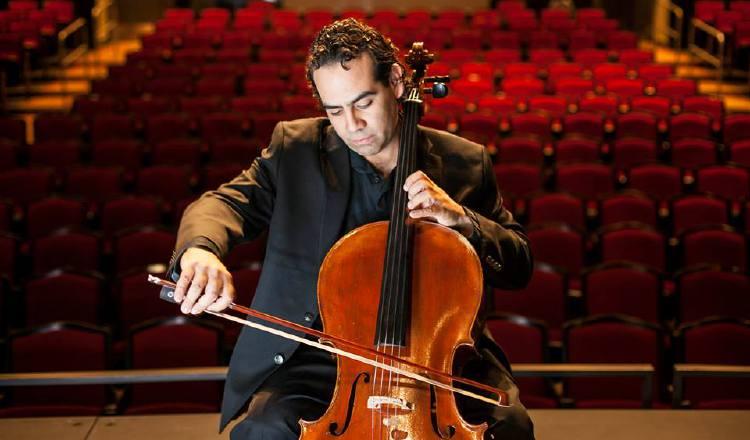 IIsaac Casal, violonchelista. Presidente de Funsincopa. http://asmfestivalpanama.com/