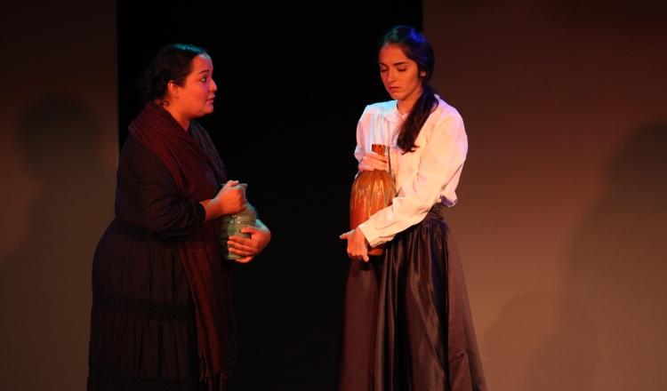 Danitza Barrera y Oriana Vernet en