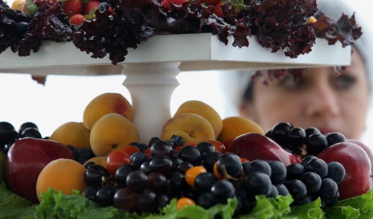 La Organización Mundial de la Salud recomienda consumir al menos 400 gramos de frutas al día.