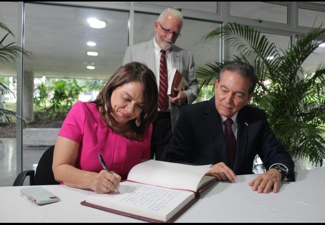 Con 100 estudiantes iniciará operación la Academia Panamá para el futuro