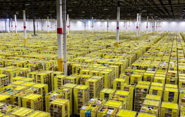 Minoristas libran una batalla sin fin con Amazon