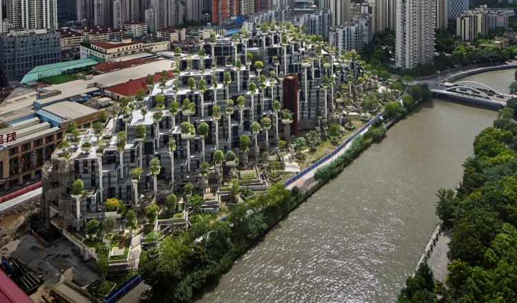 El edificio-bosque ubicado en Shanghái