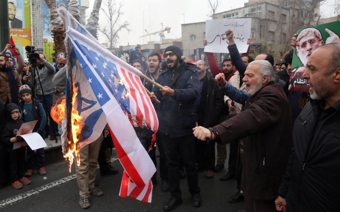 Irán promete responder al ataque: 'Estados Unidos es el gran Satanás'