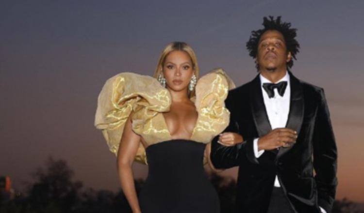 Beyonce y Jay-Z llevaron su champaña a los Globos de Oro