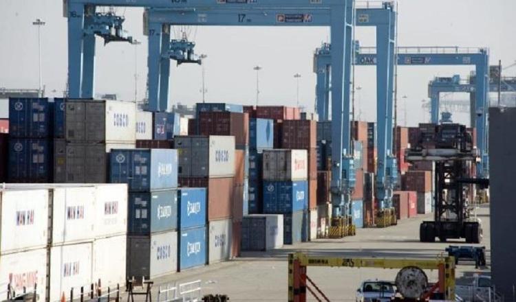 El déficit comercial de Estados Unidos baja a los niveles del  2016