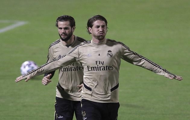 Real Madrid entrena para enfrentar a Valencia en la Supercopa de España