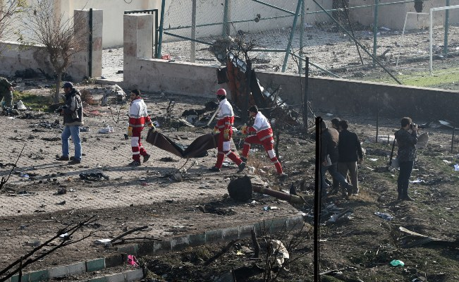 Mueren todas las personas a bordo del avión ucraniano que se estrelló en Teherán