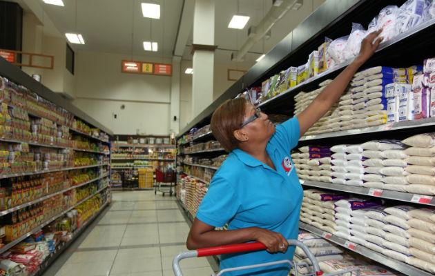Gobierno analizará el  comportamiento de los precios de los productos fuera de la regulación