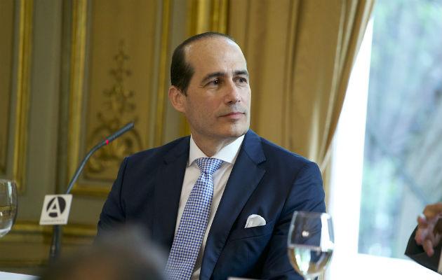 Admiten querella penal contra ex embajador de Panamá en Italia, Fernando Berguido