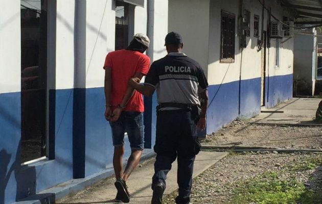 Policía detiene a tres sospechosos por recientes homicidios en Colón