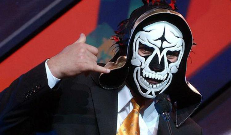 Falla renal provoca la muerte del luchador mexicano 'La Parka'
