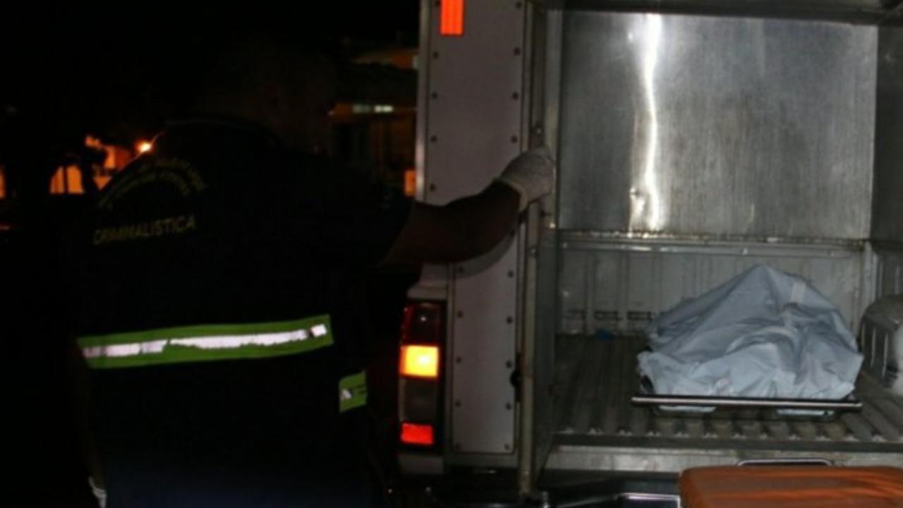 Lo sacan del bar por impertinente y lo atropellan cerca del puente elevado en la Concepción