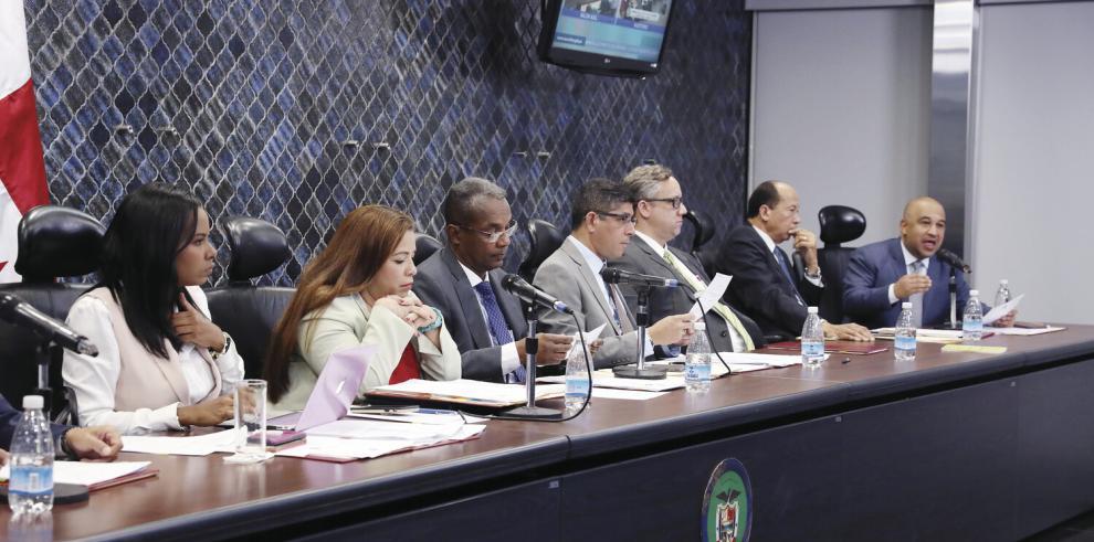Dídimo Escobar y Pedro Meilán, posibles 'ungidos' a la Defensoría del Pueblo